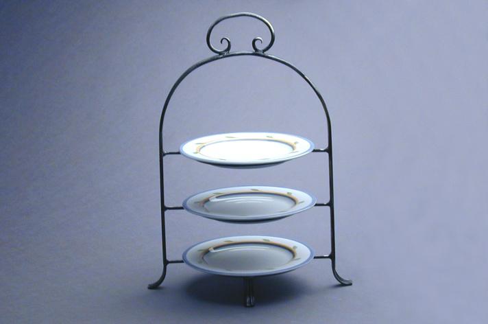 teller etagere trio rist gastronomie ausstattungen und hotelbedarf. Black Bedroom Furniture Sets. Home Design Ideas